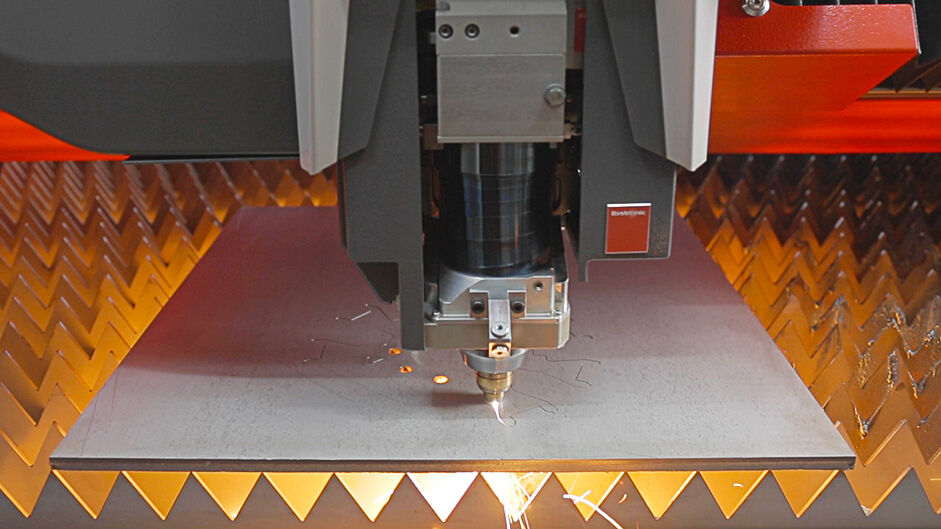 Set new benchmarks: Fiber laser cutting with 12 kilowatts