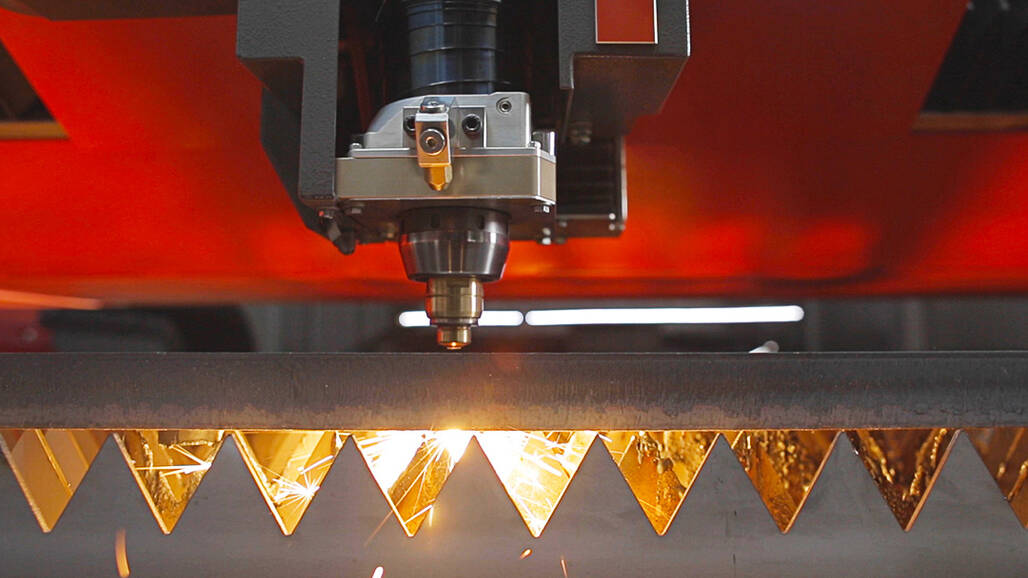 "High cutting quality up to 30 millimeters: The new ""BeamShaper"" function enables exceptional cutting quality for steel."