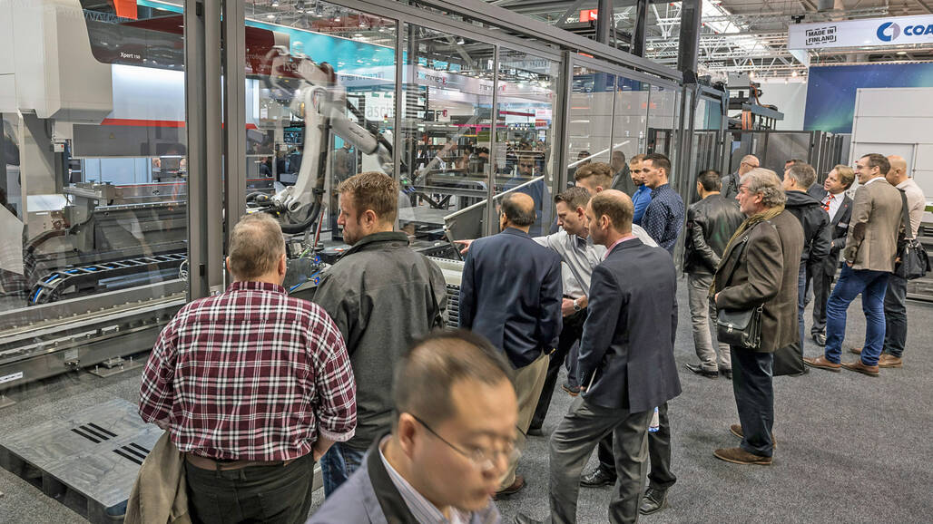 "Alex Waser, CEO Bystronic: ""Automation and digital solutions help users make fluctuating order situations producible using flexible cutting and bending systems."""